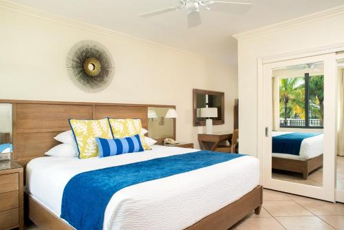 High Noon Beach Resort - image 4