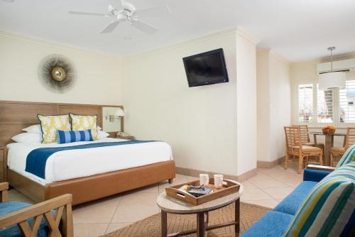 High Noon Beach Resort - image 8