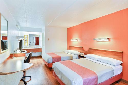 Photo - Motel 6 Nashua South