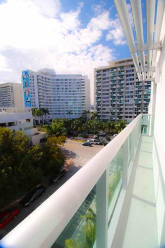 Boutique Hotel Suite 1215 West Avenue - Miami Beach, FL 33139