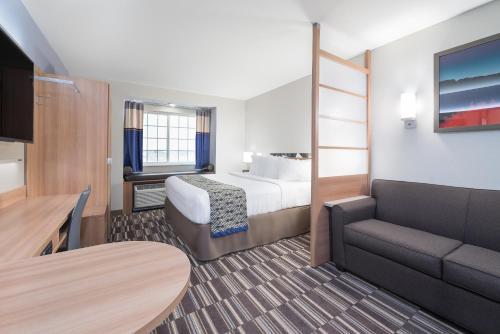 Microtel Inn & Suites By Wyndham Moorhead Fargo Area - Moorhead, MN 56560