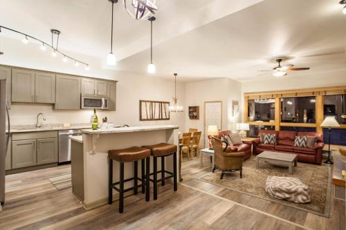 Kutuk Condominiums - Steamboat Springs, CO 80487