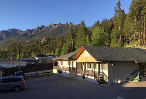 Celadon Lodge