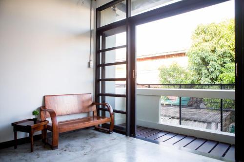 Baan 89 Hostel photo 11