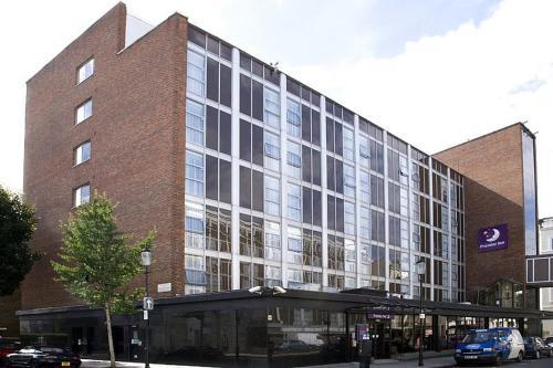 Premier Inn London Kensington a London