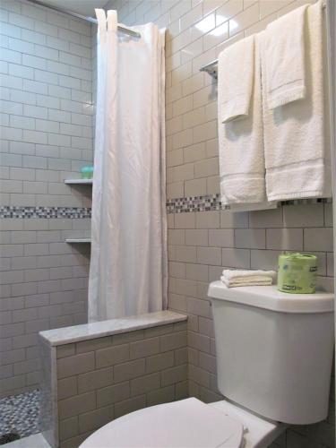 Rio Motel And Suites - Wildwood, NJ 08260