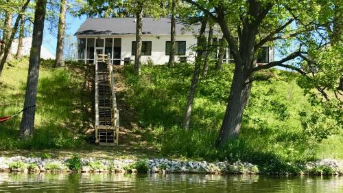 Piper House - Monticello, IN 47960