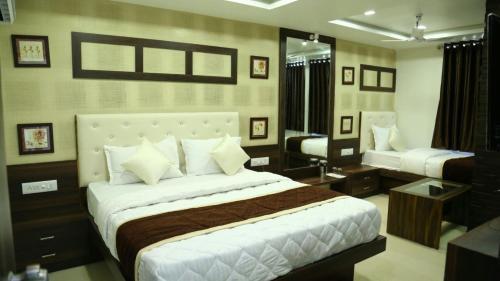 Фото отеля Hotel Gitanjali Inn - By Bizzgrow Hotels