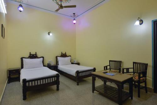Rajvi Palace Hotel