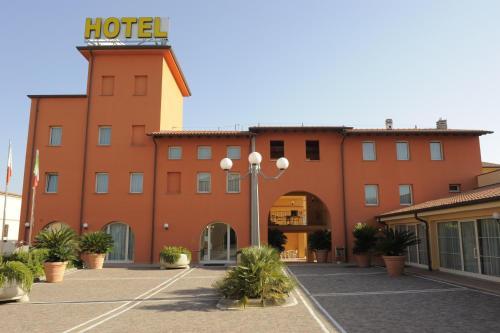 . Hotel Plazza
