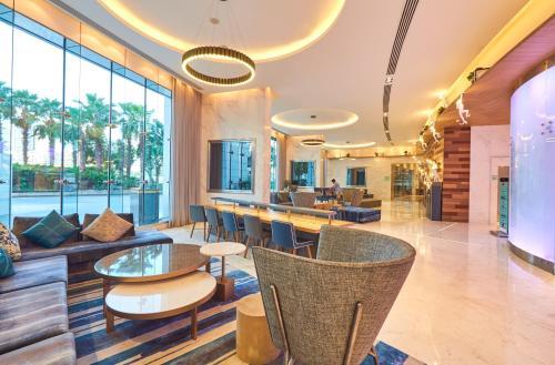 Фото отеля Media One Hotel