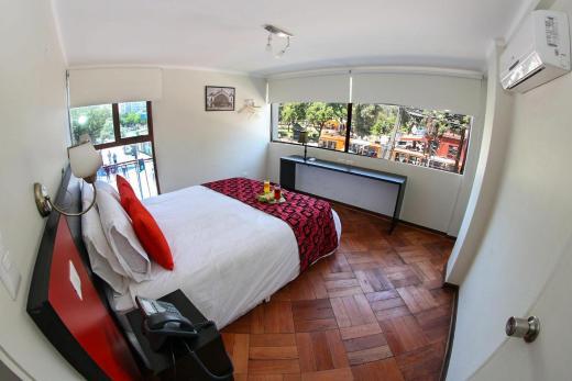 Hotel Plaza Nunoa