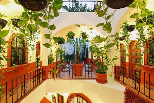 El Patio Hotel & Suite - 5th Avenue Area
