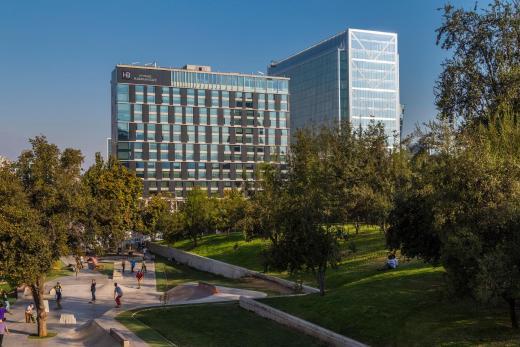 Plaza El Bosque Nueva Las Condes