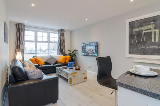 Alfred St Apartment