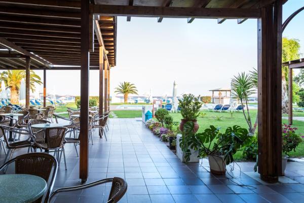 Leonanti Beach Hotel Marathon (Greece)