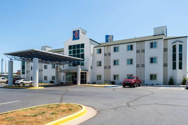 Motel 6 Junction City