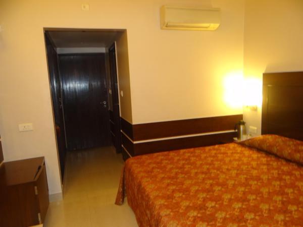 Hotel Janhvi International