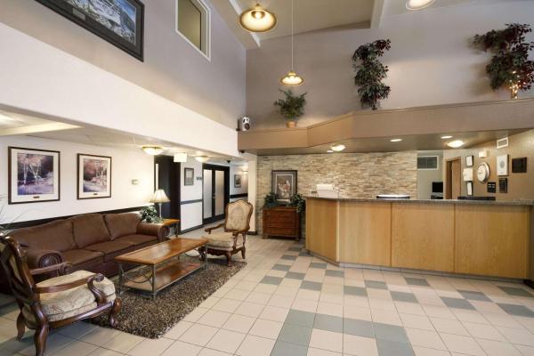 Super 8 Motel Dawson Creek