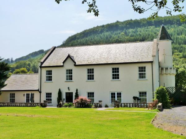 Glangwili Mansion Bed and Breakfast Carmarthen