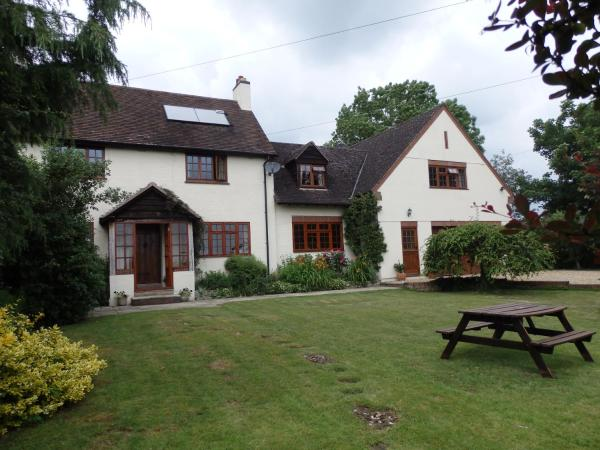 Larkrise Cottage Bed And Breakfast_1