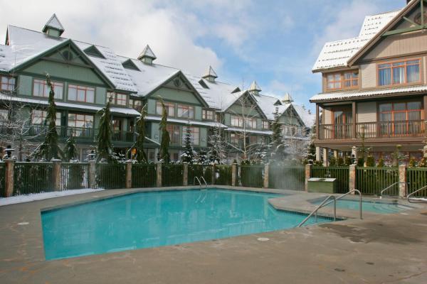 ResortQuest at Northstar Stoney Creek Hotel Whistler