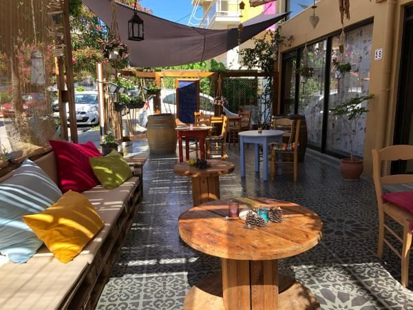 Rhodes Backpackers Boutique Hostel_1