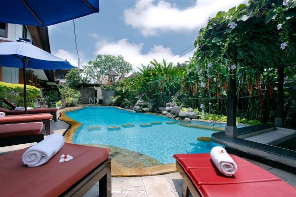 Yulia Village Inn Bali