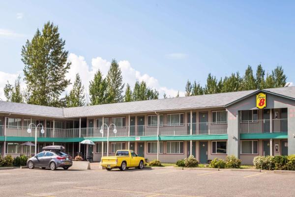 Super 8 Motel Quesnel