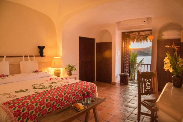 La Casa Que Canta Hotel Zihuatanejo