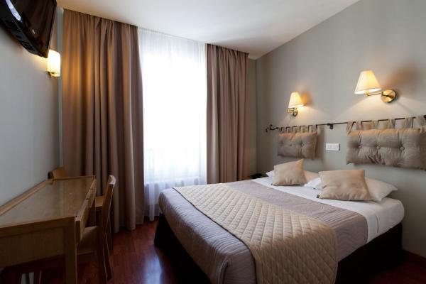 Cosmotel Hotel Paris