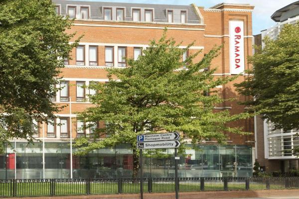 Days Hotel Hounslow-Heathrow East