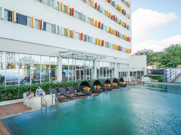 HARRIS Hotel Batam Center