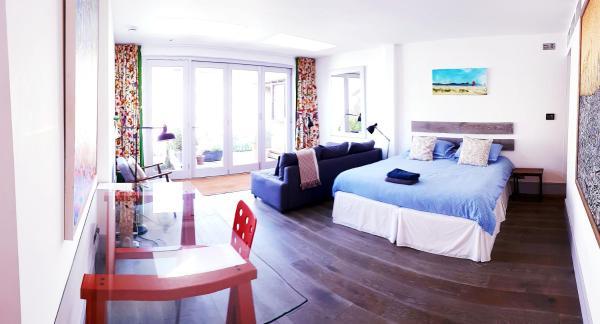 Lake Street Accommodation_1