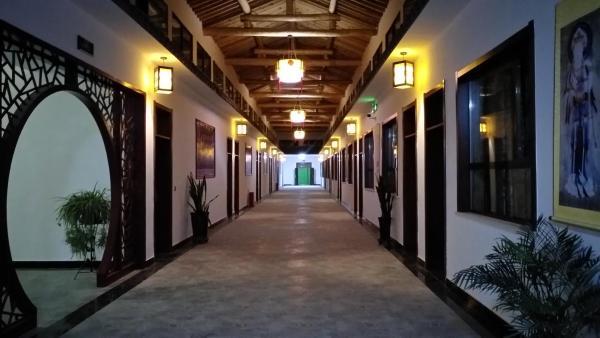Dunhuang Hantang Mingsha Mountain Campsite