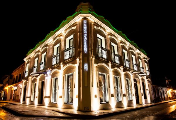 Plaza Gallery Hotel & Boutique