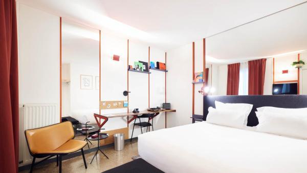 Hotel Cujas Pantheon Paris