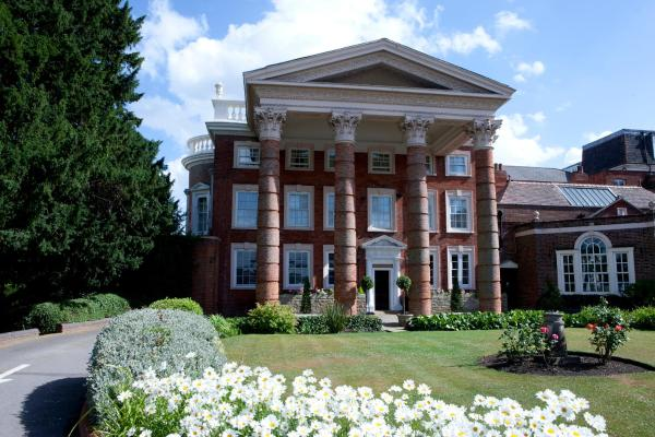 Hendon Hall Hotel London