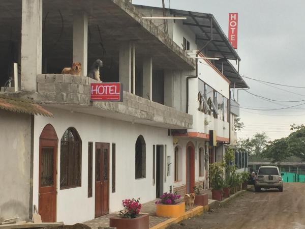 Hotel Flor Del Campo