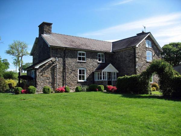 Gwaenynog Farmhouse_1