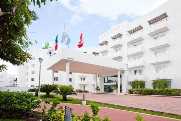 Holiday Inn Arenas Hotel Cancun