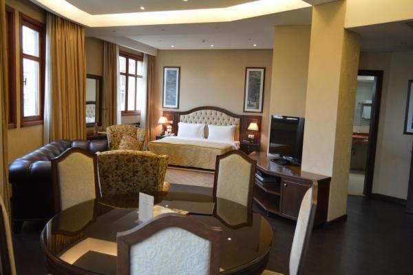 Etoile Suites Boutique Hotel Downtown