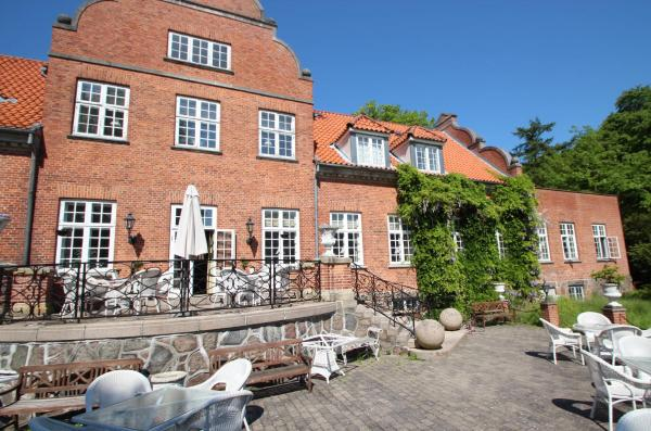 Sauntehus Castle Hotel Hornbaek