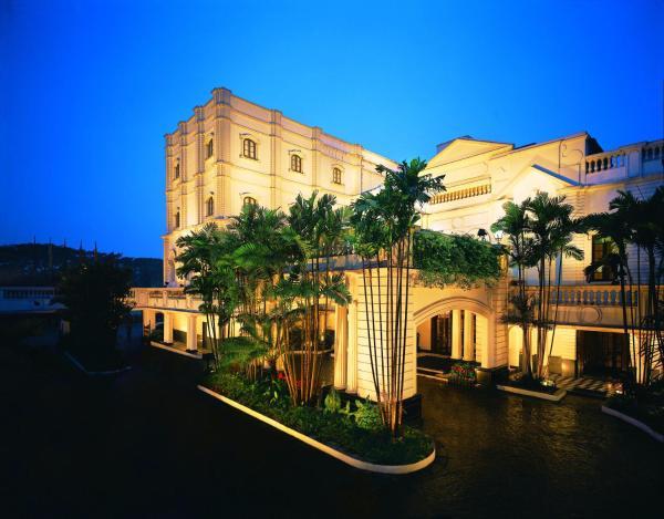 Oberoi Grand Hotel