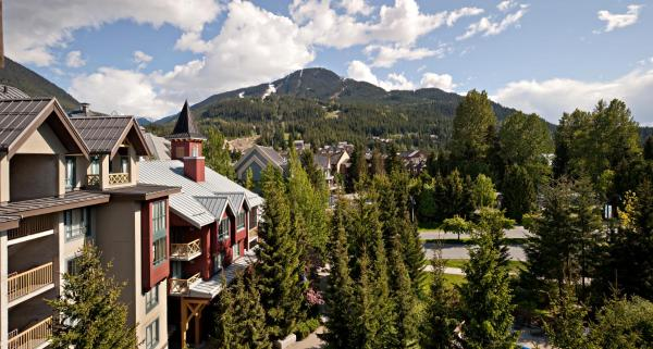 Delta Village Suites Hotel Whistler