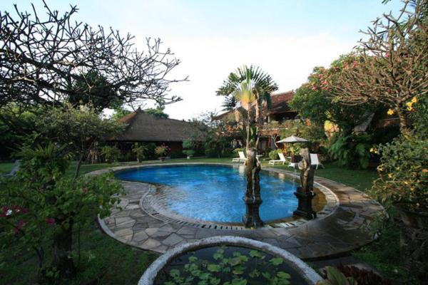 Puri Dalem Hotel Bali
