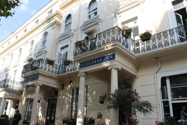 Smart Hyde Park Inn Hostel
