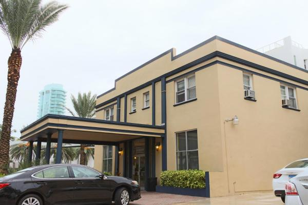 AAE Miami Beach Lombardy Hotel