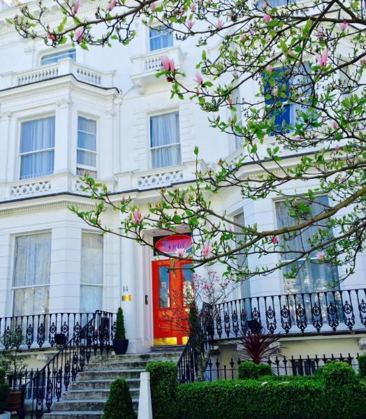 Blue Bells Hotel London