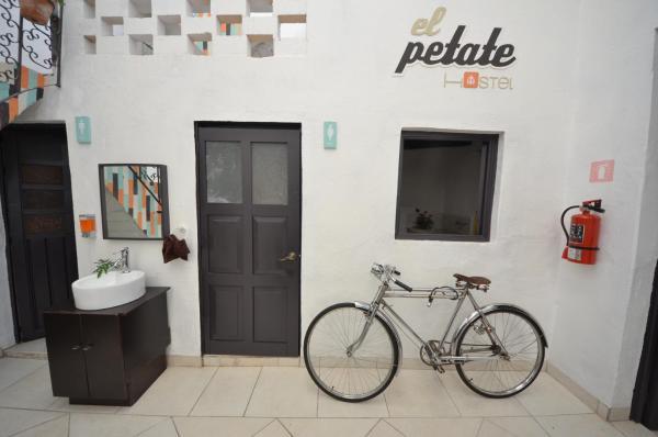 El Petate Hostel